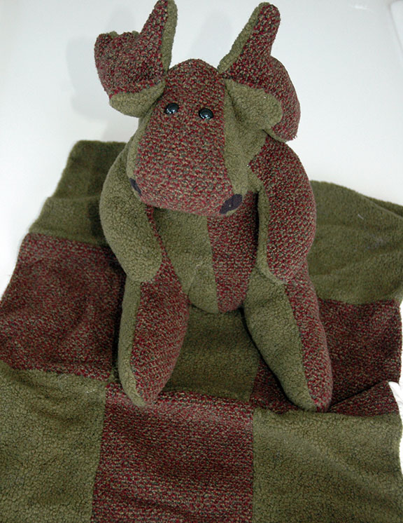 Adopt a Moose - Green & Maroon with Matching Blanket - Click Image to Close